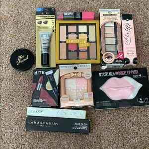 Makeup Bundle everything is NEW 100% authentic